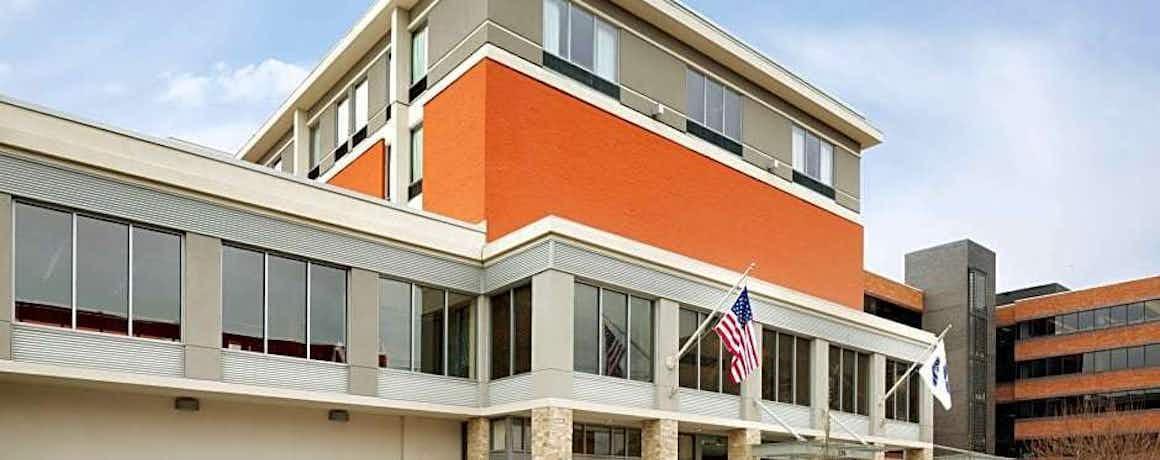 Hampton Inn & Suites Clayton/St Louis-Galleria Area