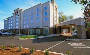 Hampton Inn & Suites Charlotte Airport