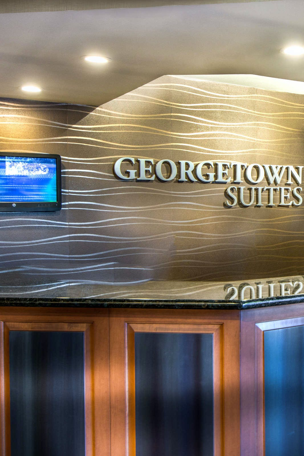 Georgetown Suites Harbour