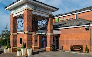 Holiday Inn Express Manchester - East