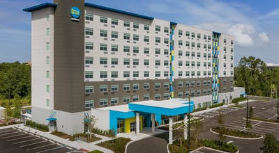 Tru by Hilton Orlando Convention Center Area
