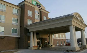 Holiday Inn Express Hotel & Suites Salina