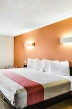 Motel 6 Carson