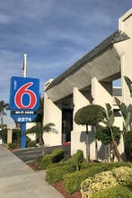 Motel 6 Newport Beach