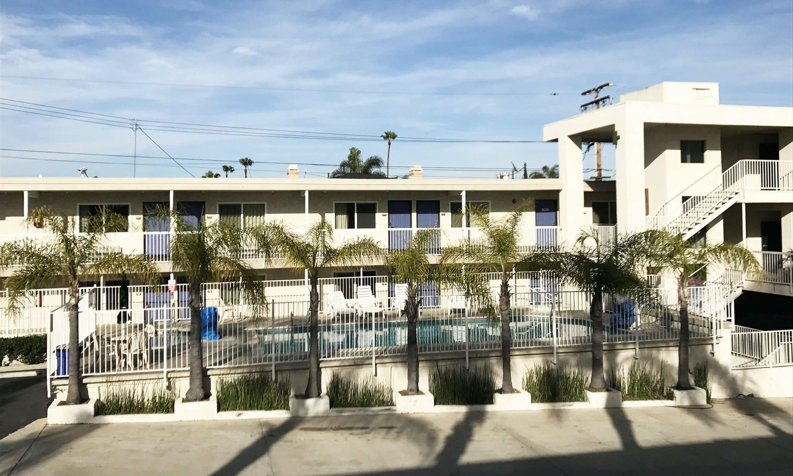 Motel 6 Newport Beach