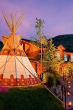 Rustic Inn Creekside Resort & Spa