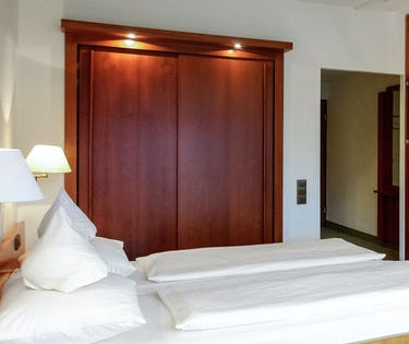 Dorint Seehotel Resort Bitburg Sudeifel Germany Around Me Hoteltonight