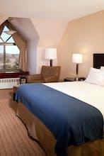 Holiday Inn Express Waltham
