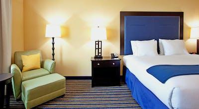 Holiday Inn Express Hotel & Suites Wilmington Newark