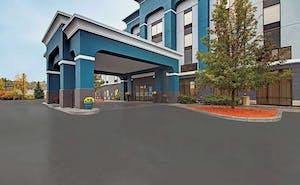 Hampton Inn & Suites Syracuse Dewitt