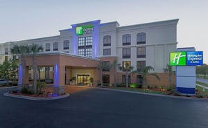 Holiday Inn Express & Suites Jacksonville Airport, an IHG Hotel
