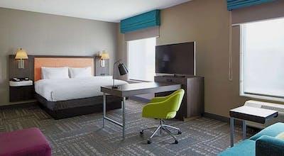 Hampton Inn & Suites Chicago Waukegan