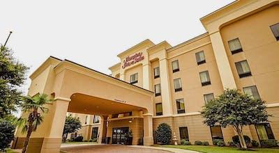 Hampton Inn and Suites Pine Bluff