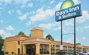 Days Inn & Suites By Wyndham Vicksburg