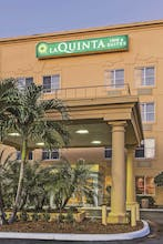 La Quinta by Wyndham LAX
