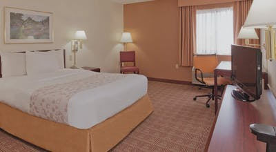 La Quinta by Wyndham Warwick Providence Airport