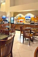 Holiday Inn Express Hotel & Suites Rancho Mirage