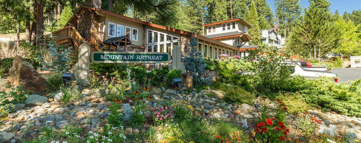 Mountain Retreat Resort, a VRI resort