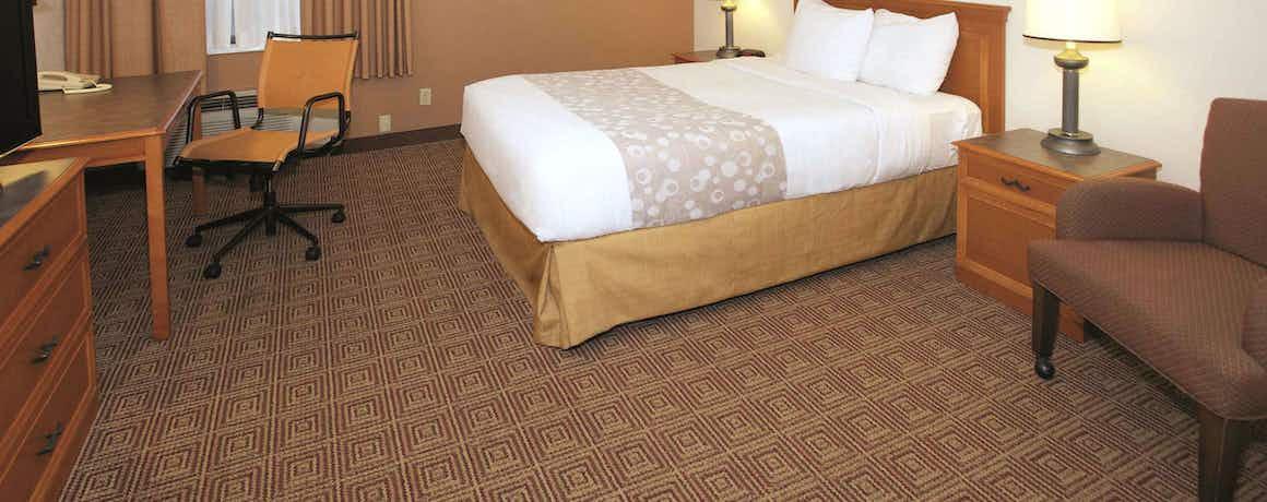 La Quinta Inn by Wyndham Milwaukee Glendale Hampton Ave
