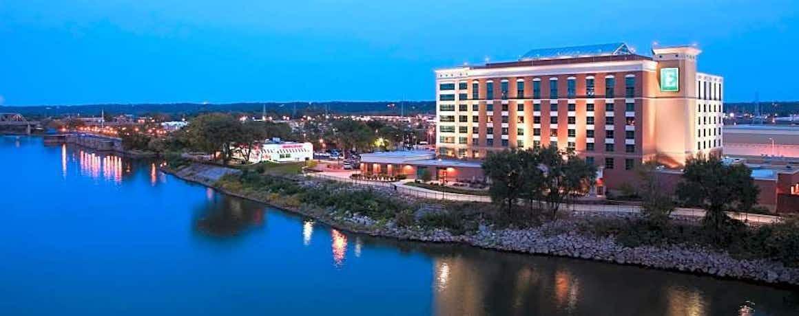 Embassy Suites by Hilton E Peoria Riverfront Conf Center