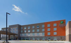 Holiday Inn Express and Suites Dakota Dunes, an IHG Hotel