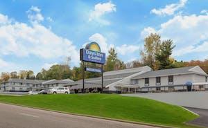 Days Inn & Suites By Wyndham Wisconsin Dells