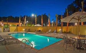Hampton Inn & Suites North Charleston- University Blvd.