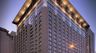 Embassy Suites Montréal by Hilton