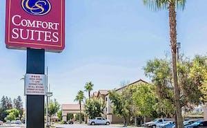 Comfort Suites Bakersfield