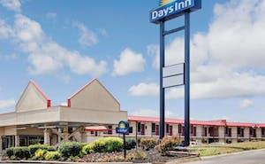 Days Inn By Wyndham Knoxville West