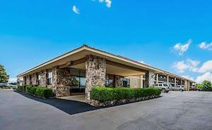 Quality Inn & Suites Hot Springs-Lake Hamilton