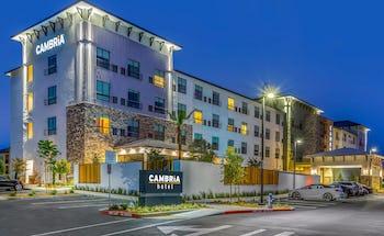 Cambria Hotel Sonoma Wine Country