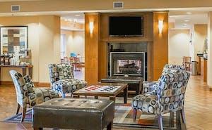 Comfort Suites East