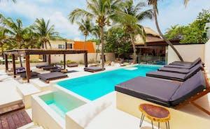 Casa del Jaguar Beach Hotel