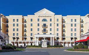 Hampton Inn and Suites - SouthPark at Phillips Place