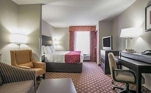 Comfort Suites Columbia Northeast - Fort Jackson