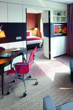 Mövenpick Hotel Amsterdam City Center