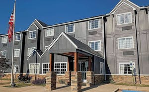 Econo Lodge & Suites Greenville
