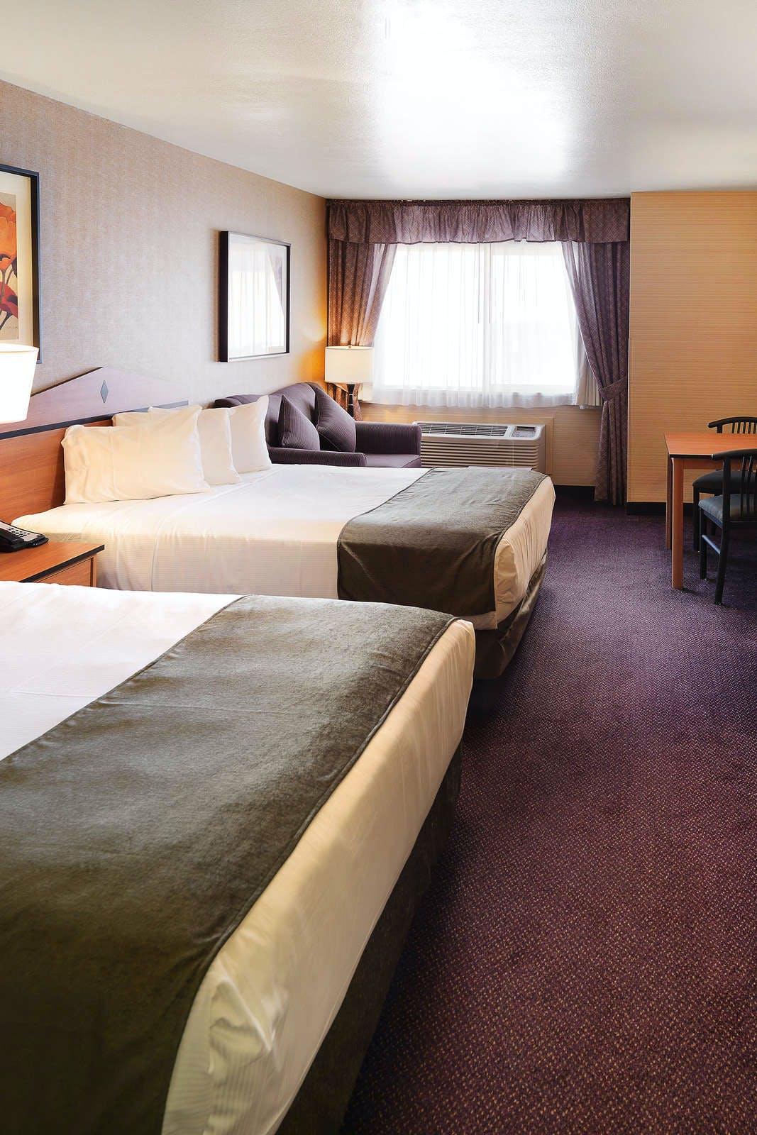 Crystal Inn Hotel & Suites Midvalley