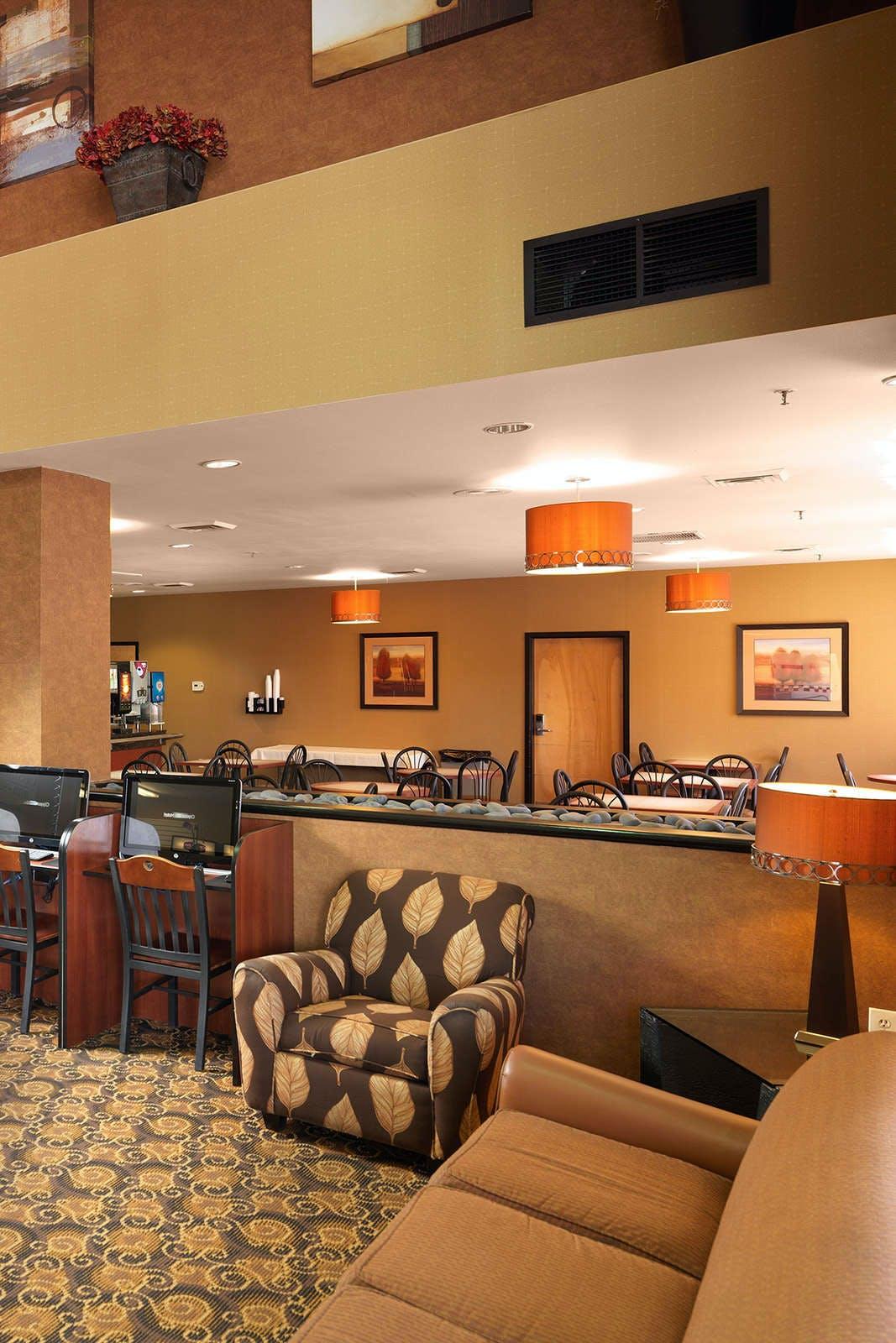 Crystal Inn Hotel & Suites West Valley City