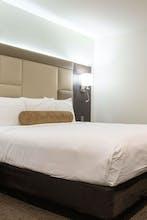 Hotel Xilo Glendale
