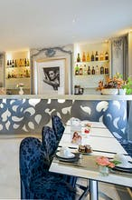Luxury Suite - Hotel Renoir