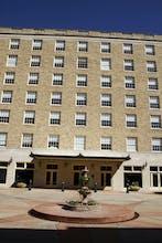 La Salle Hotel