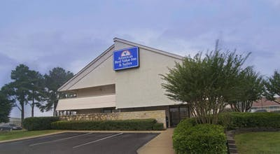 Americas Best Value Inn & Suites Little Rock at Scott Hamilton Drive