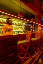Reina Roja Adults Only - Open Bar