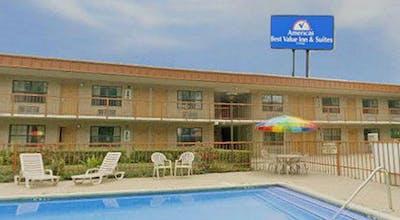 Americas Best Value Inn & Suites Victoria