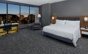 Holiday Inn & Suites Montreal Centre Ville Ouest