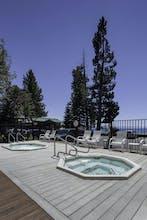 Mourelatos Lakeshore Resort