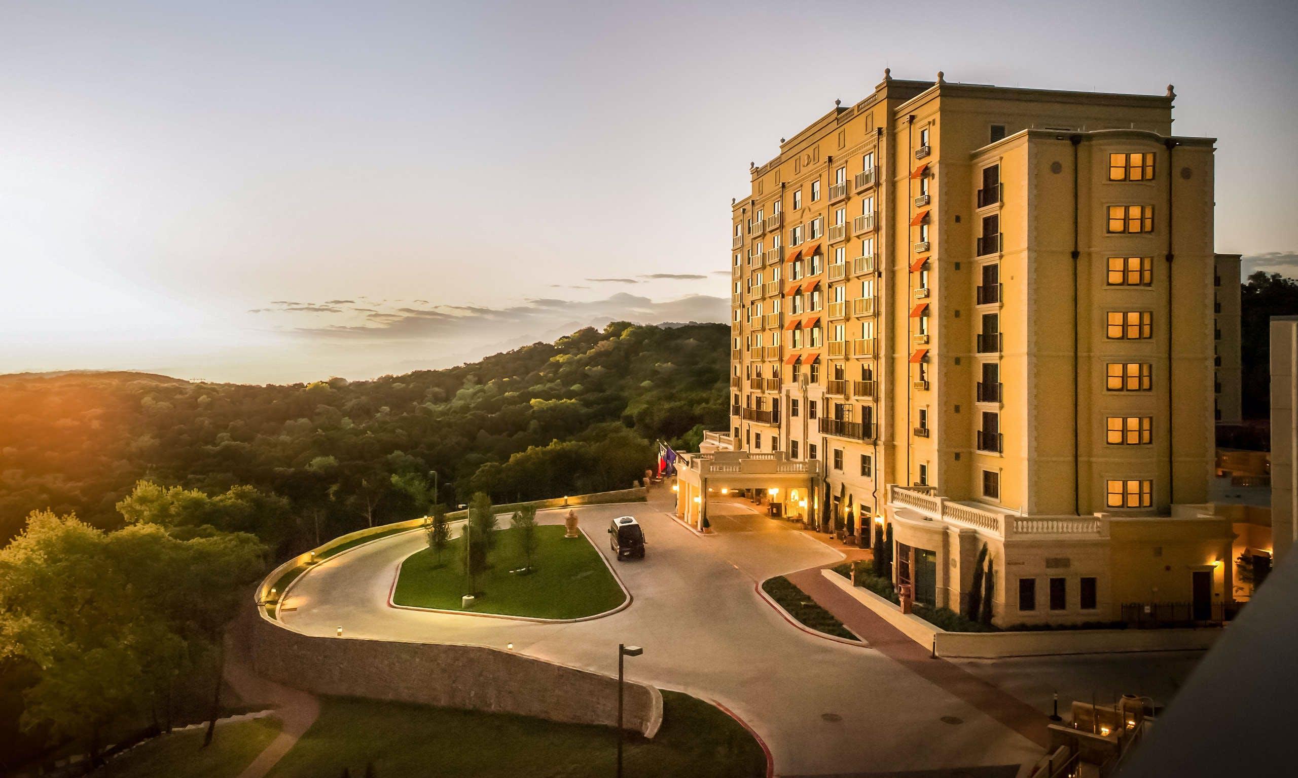 Last Minute Hotel Deals in Austin - HotelTonight