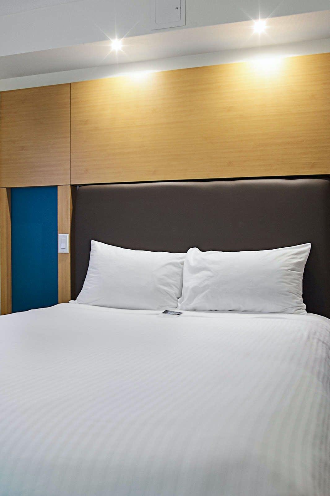 Bond Place Hotel